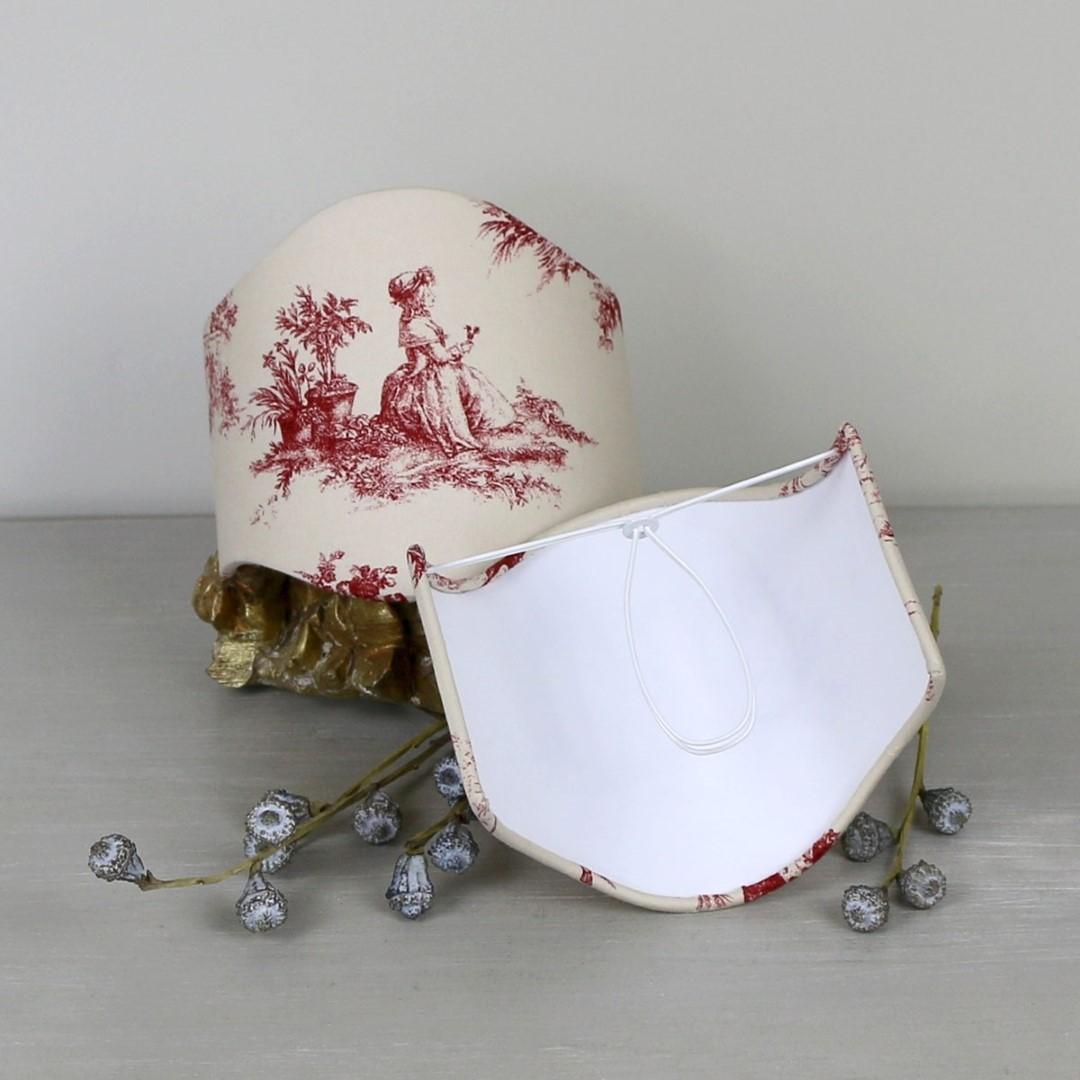Décoration de charme Création d'abat-jour et réalisation textile en linge ancien