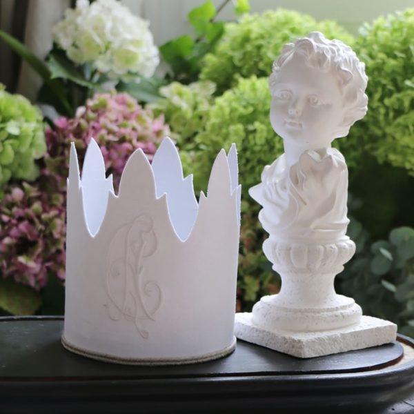 Vente d'objets décoratifs : miroirs, bougeoirs, pieds de lampe,etc